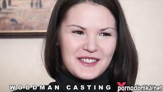 Студентка Алисия Дарк скачет на члене Вудмана на кастинге в Санкт-Петербурге