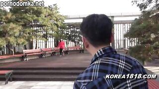 Сексуальную корейскую даму с маленькими сисями снял японский придурок