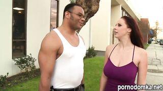Джанна Майклс трахается с соседом