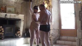 Муж ебет толстую жену вместе с другом