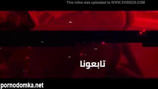 Мужик лижет киски арабок с красивыми попками