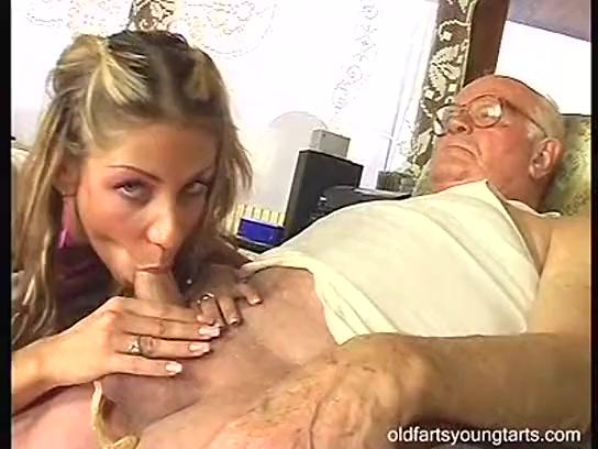 Порно Дед С Молоденькой